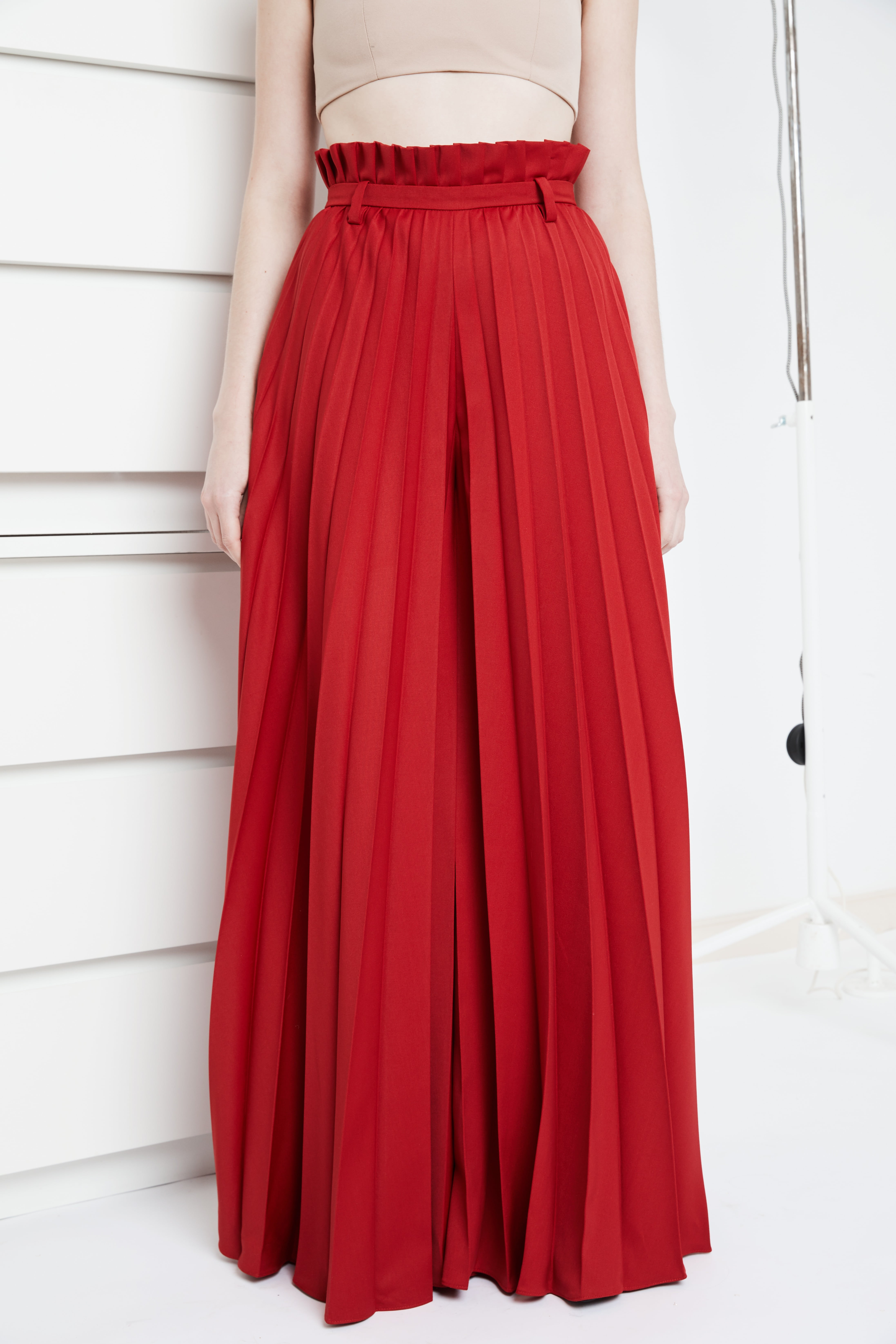 Anthurium pleated trousers