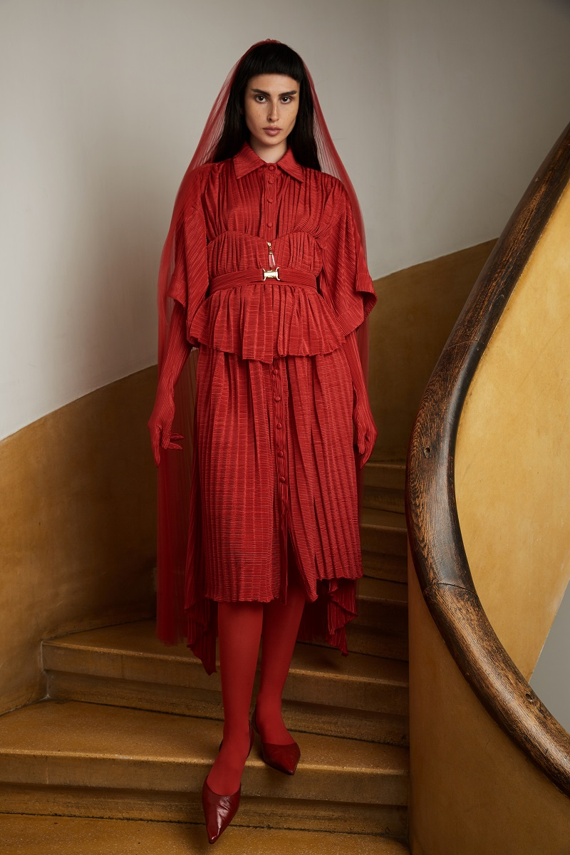 'Harpya' shirt-dress with pleated detail