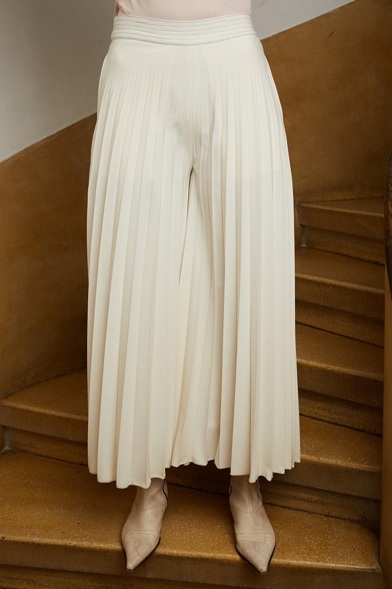 'White Magic' pleated trousers