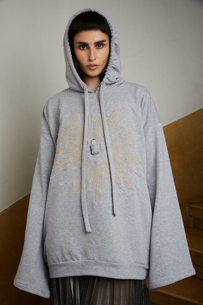 'Soul Star' hoodie with embroidery and incorporated pocket for gemstones